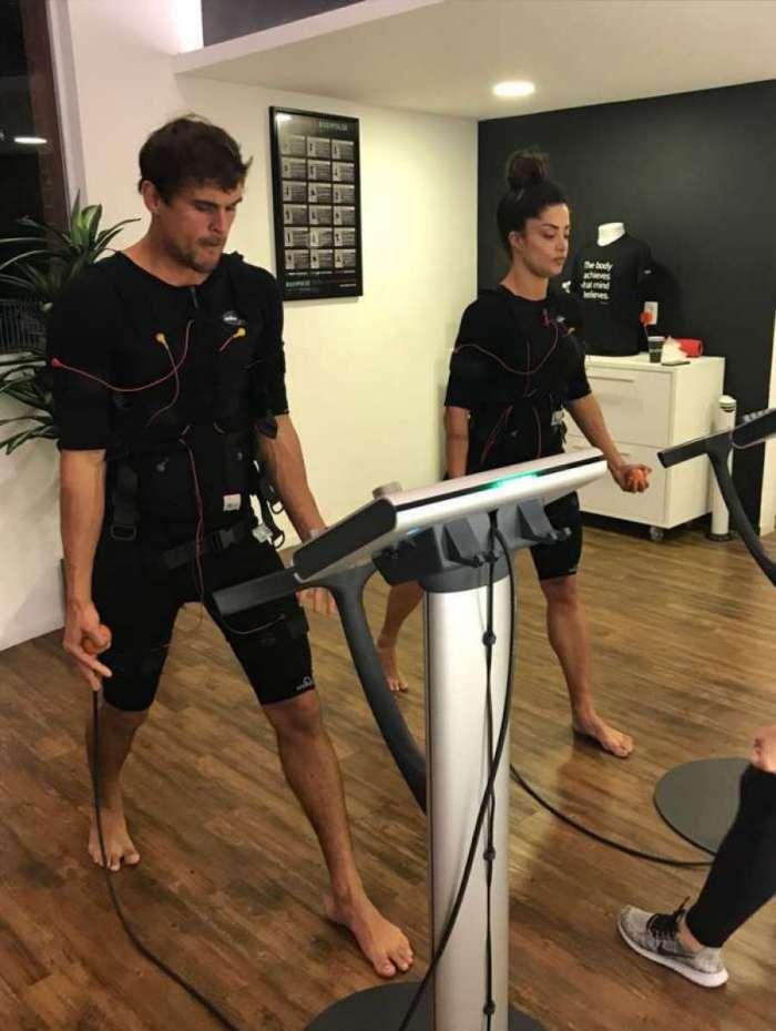 Aline Riscado e Felipe Roque aderiram à prática e treinam na Bodypulse