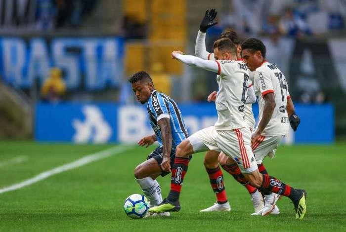 Flamengo perdeu para o Grêmio por 2 a 0