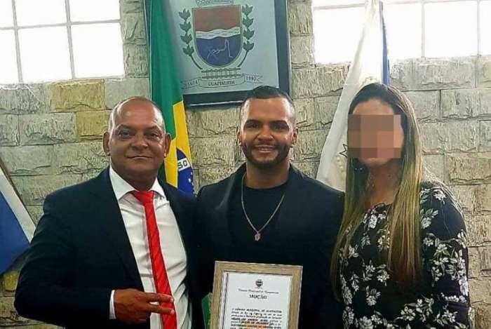 Vereador Nelcir da Laje (à esquerda) é pai de Dheiverson, indiciado por homicídio doloso com dolo eventual
