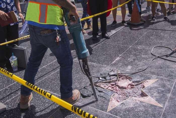 Estrela do presidente Donald Trump foi vandalizada na Calçada da Fama de Hollywood