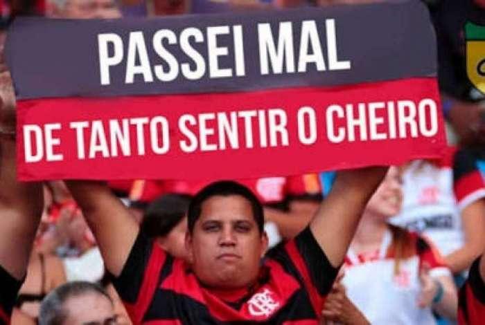 Flamengo é derrotado por 2 a 0 pelo Cruzeiro e torcedores brincam na Internet
