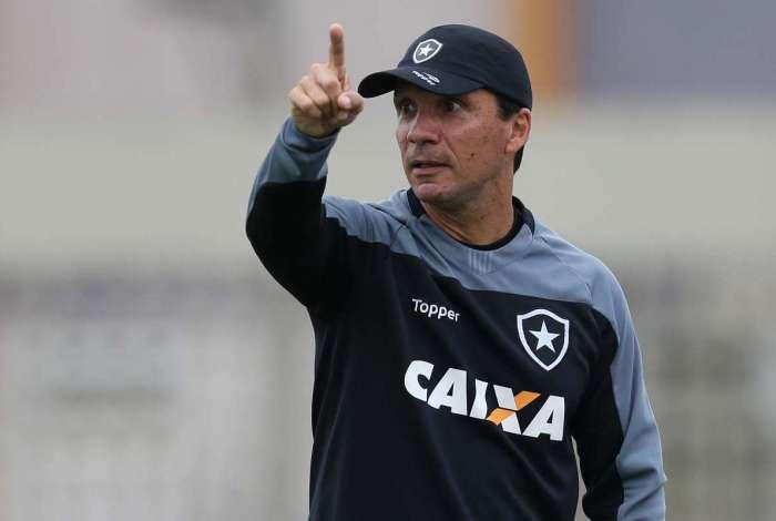 Apesar do pouco tempo de treinos, Zé Ricardo espera estrear com vitória sobre o Paraná