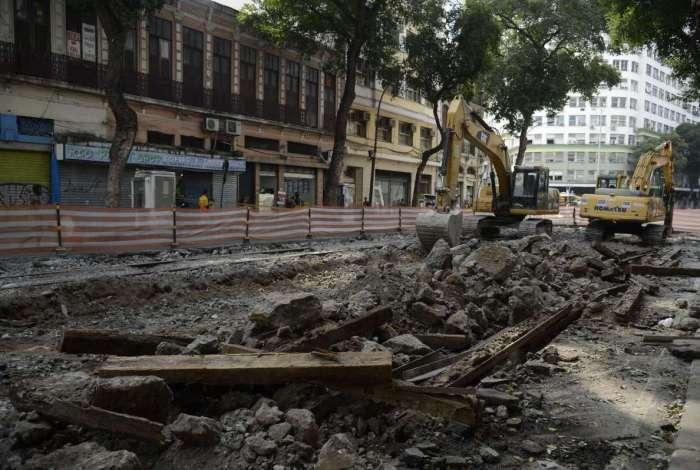 Mudança é por conta do avanço das obras da Linha 3 do VLT Carioca