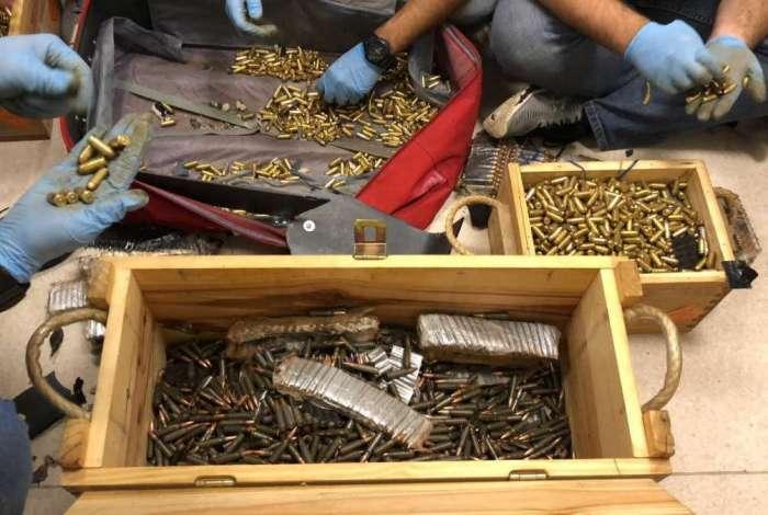 Carregamento de munição para o crime organizado é apreendido na Dutra