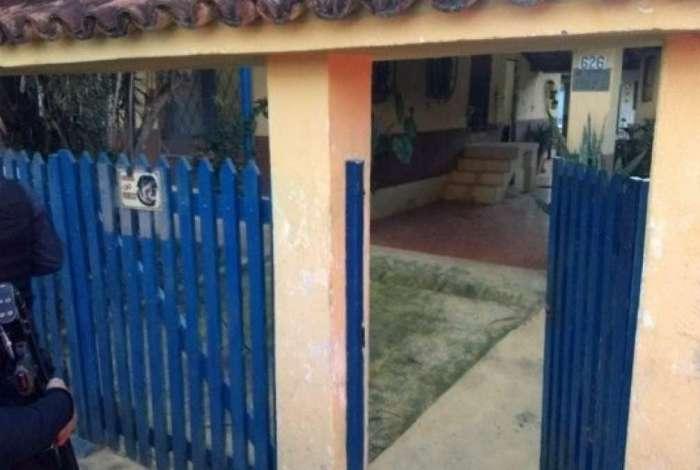 Sargento da Polícia Militar é morto dentro de casa, na Baixada