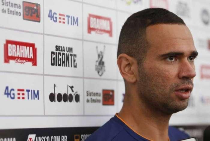 Leandro Castan elogiou o elenco do Vasco