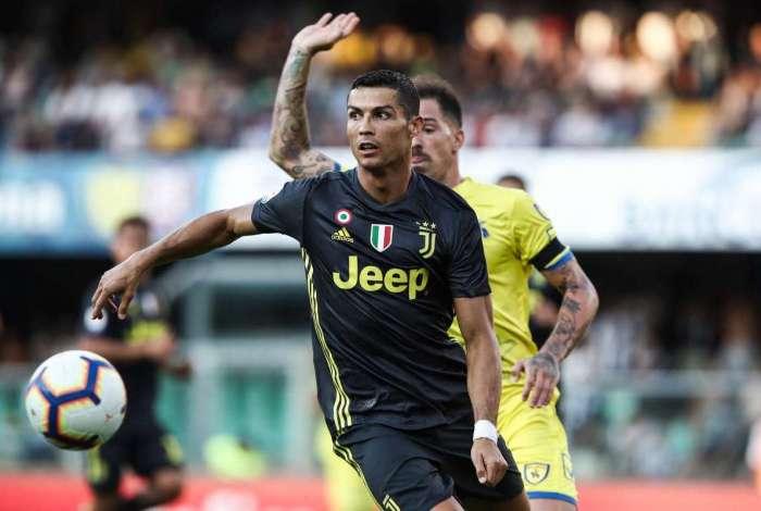 Cristiano Ronaldo elogia estrutura da Juve e diz que quer entrar ... 3d1dd06098568