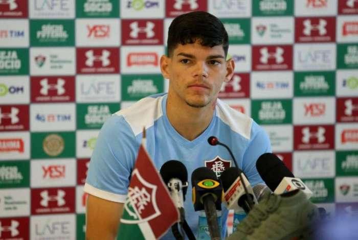 Ayrton Lucas está se despedindo do Fluminense