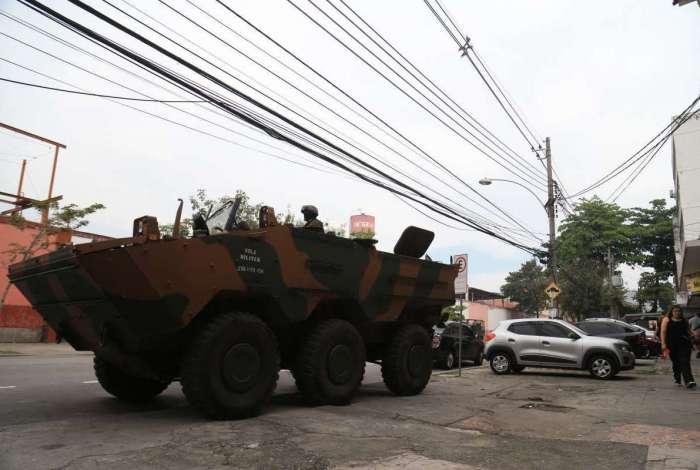Megaperação realizada pelas Forças Armadas no Alemão e na Maré, na Zona Norte do Rio