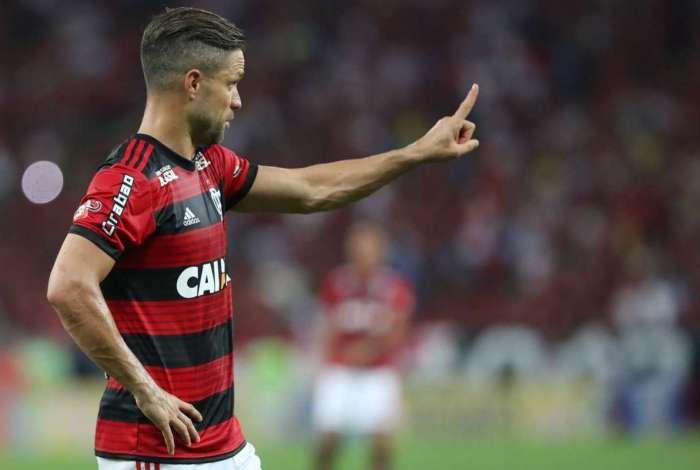 Diego lamenta queda na Libertadores