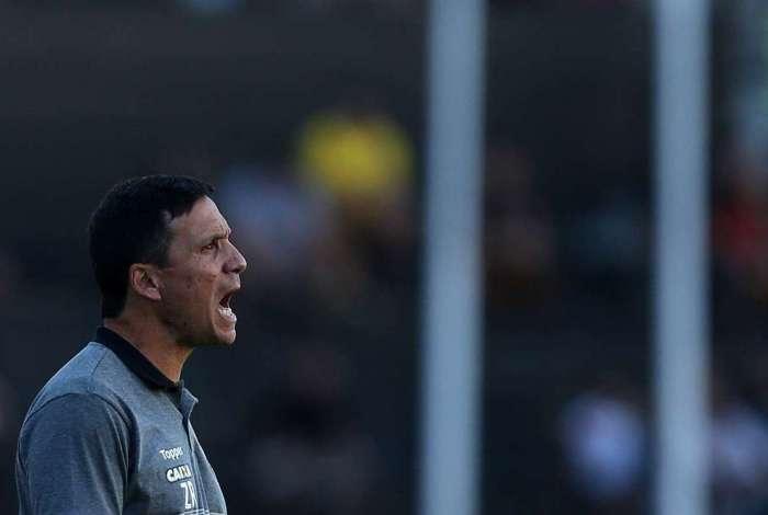Zé Ricardo lamenta derrota em jogo contra Palmeiras