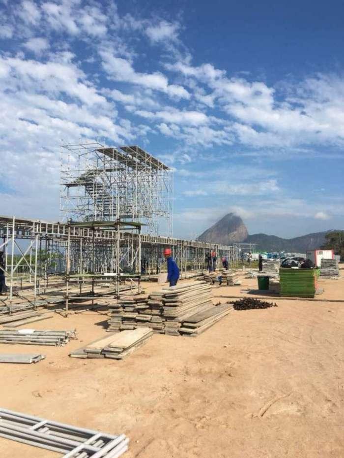 Palco do festival Queremos! já está sendo montado na Marina da Glória