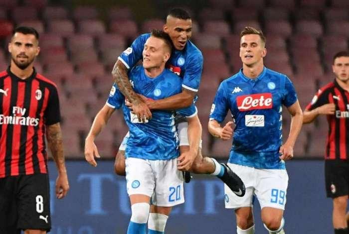 Napoli e Milan fizeram um grande jogo
