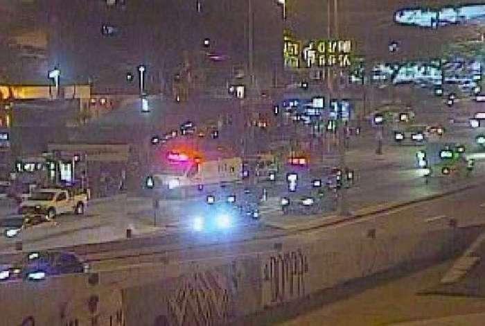 Vítima foi atropelada no sentido Recreio da Avenida Armando Lombardi