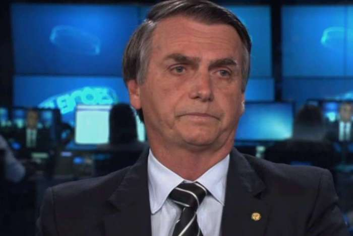 Jair Bolsonaro comenta incêndio no Museu Nacional: 'Já pegou fogo. Quer que eu faça o quê?'