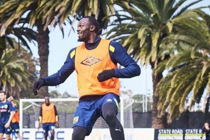 Usain Bolt segue perseguindo sonho de jogar futebol