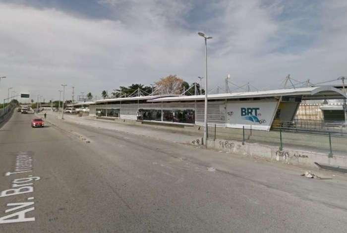 Serviço do BRT na estação Maré chegou a ser suspenso no momento da ocorrência