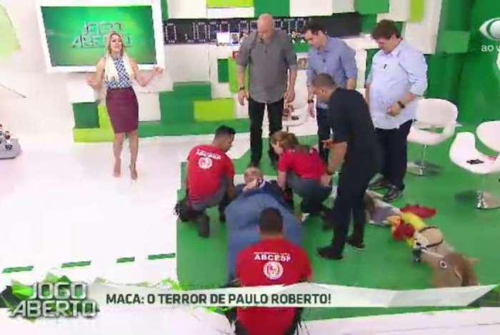 Morsa se revoltou com resultado do Santos e e deixou 'Jogo Aberto' de maca