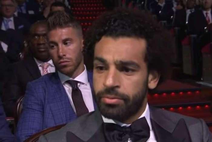 Salah ignorou cumprimento de Sergio Ramos