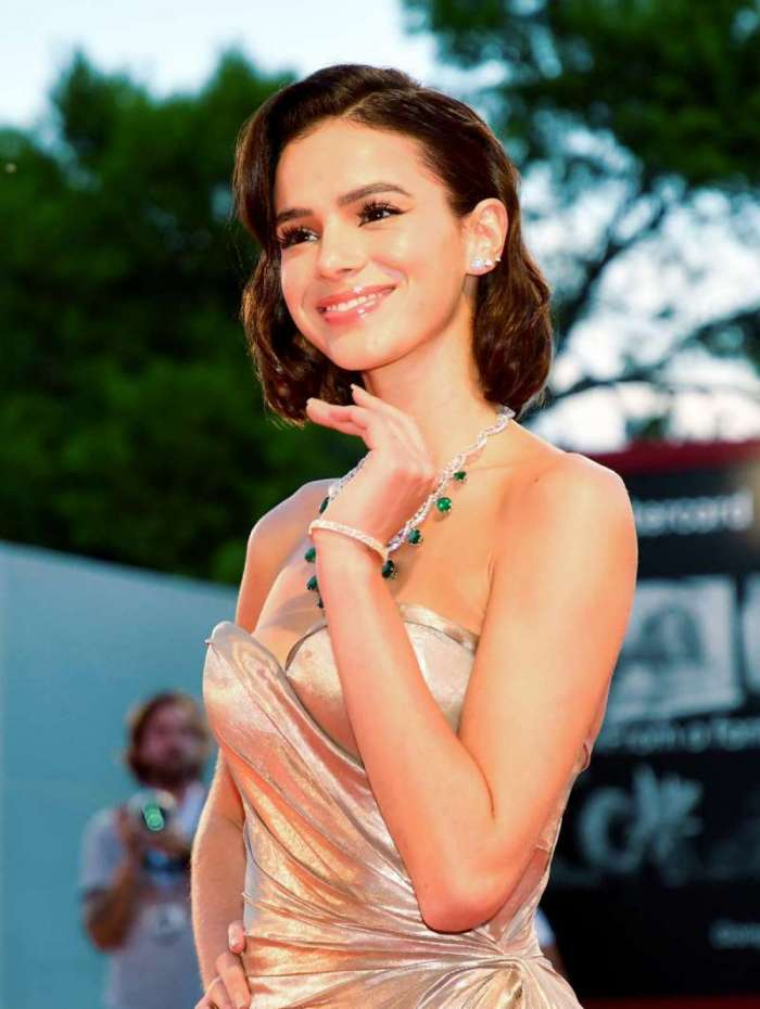 Model Bruna Marquezine arrives for the premiere of the film