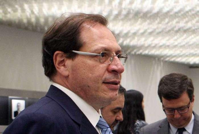 Para o ministro Luís Felipe Salomão, as duas propagandas de Bolsonaro veiculam conteúdo inerente 'ao debate político-eleitoral e condiz com o horário gratuito'