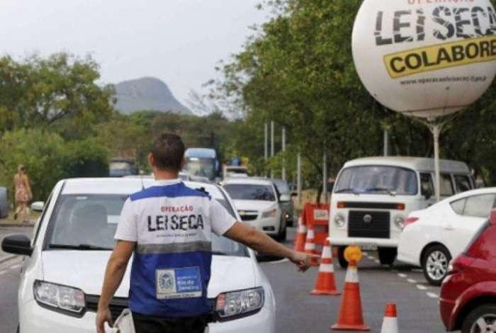 Detran do Rio reconhece falha nas cobranças, mas diz que o erro não é comum e que motoristas podem recorrer