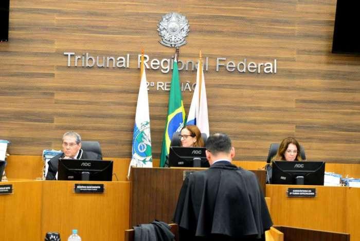 O Tribunal Regional Federal da 2ª Região realizou audiência de apelação apresentada pela defesa do candidato ao Governo do Estado Anthony Garotinho, no Centro do Rio, nesta terça-feira
