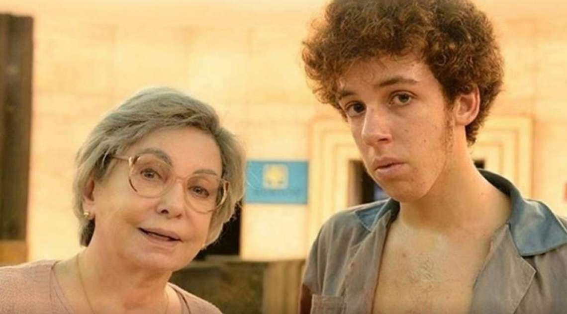 A última aparição de Beatriz Segall na TV foi na série 'Os Experientes', na Globo, em que a veterana atuou com João Cortês
