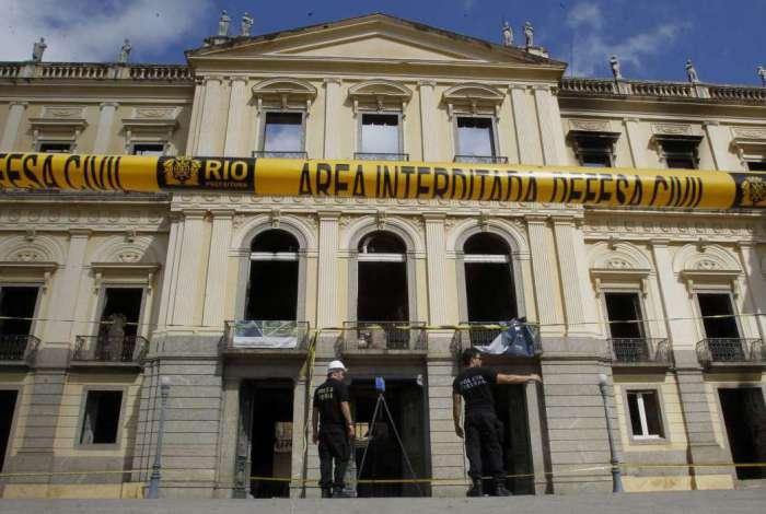 Museu Nacional foi destruído por um grande incêndio no dia 2 de setembro
