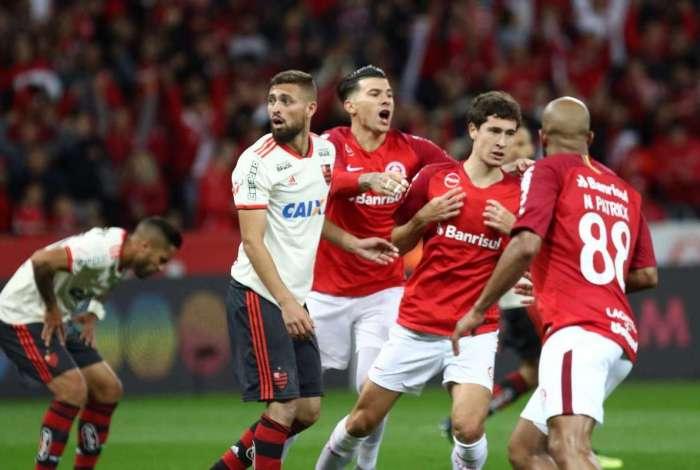 Flamengo perdeu em Porto Alegre