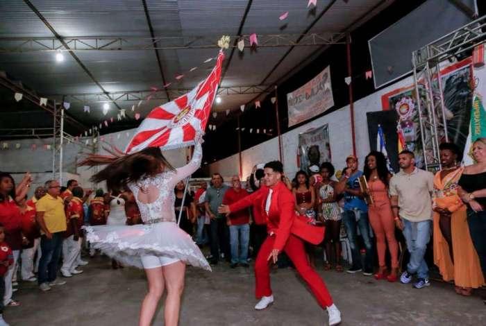 Renascer de Jacarepaguá apresenta samba-enredo neste sábado