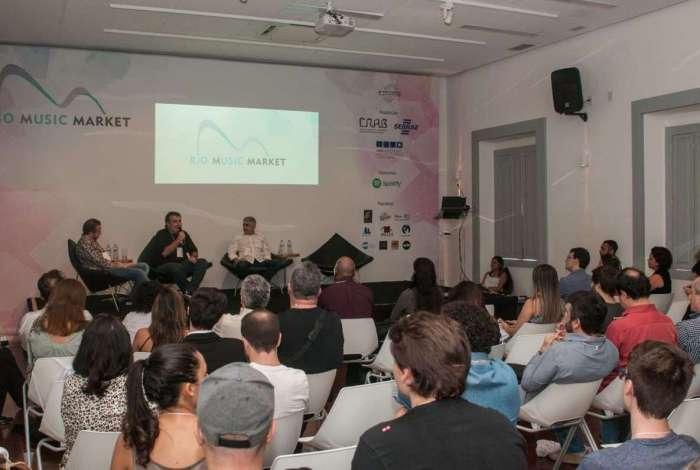 Rio Music Marketing discute as estratégias de mercado em evento