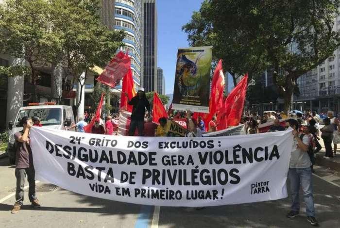 24ª edição do Grito dos Excluídos, reuniu representantes de movimentos sociais