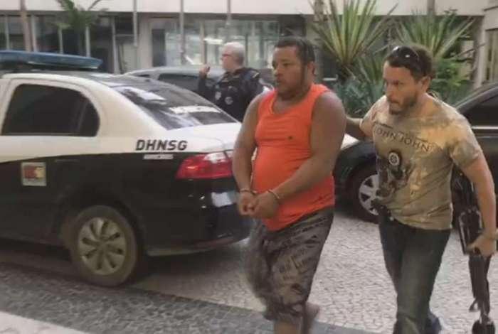 Ailton Severino de Souza, o Porquinho ou Pará, foi preso nesta sexta-feira por agentes da Delegacia de Homicídios de Niterói, São Gonçalo e Itaboraí (DHNSGI), em Araruama