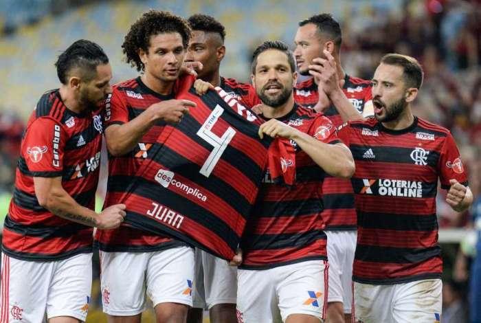 Flamengo vem de vitória sobre a Chapecoense no Maracanã