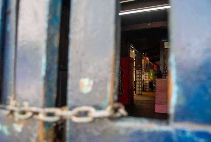 Comerciantes do Mercadinho São José são despejados, em Laranjeiras, na Zona Sul
