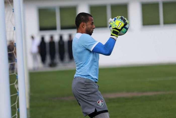 72d4e68b7a Fluminense confirma renovação de contrato de Rodolfo O Dia - Fluminense
