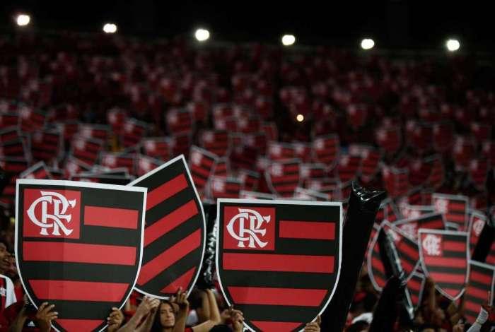 Torcida do Flamengo esgota ingressos para clássico contra Fluminense