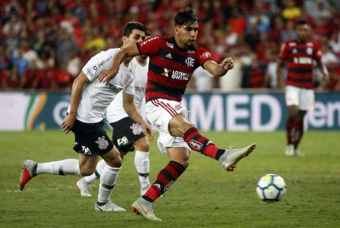 O jogador Lucas Paquetá durante a partida entre Flamengo x  Corinthians no Estádio Mário Filho (Maracanã), válida pela semifinal da Copa do Brasil. Foto - Staff Images / Flamengo