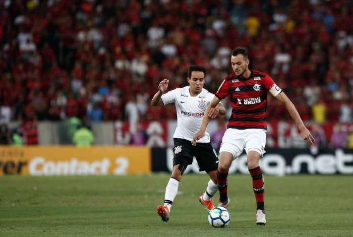 Flamengo e Corinthians se enfrentaram no Maracanã