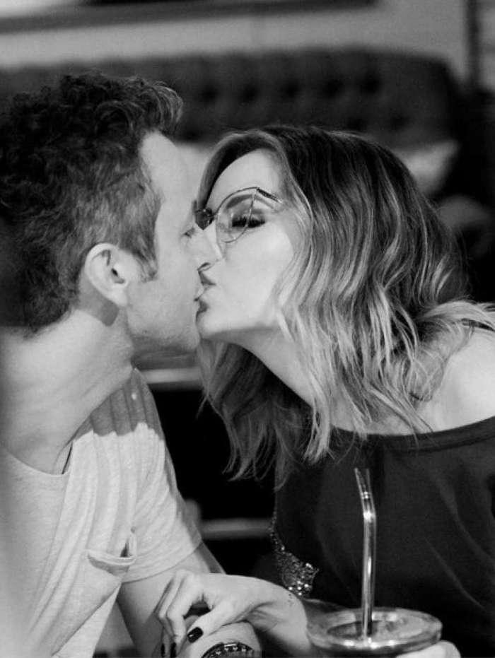Sandy comemora 10 anos de casamento com Lucas Lima