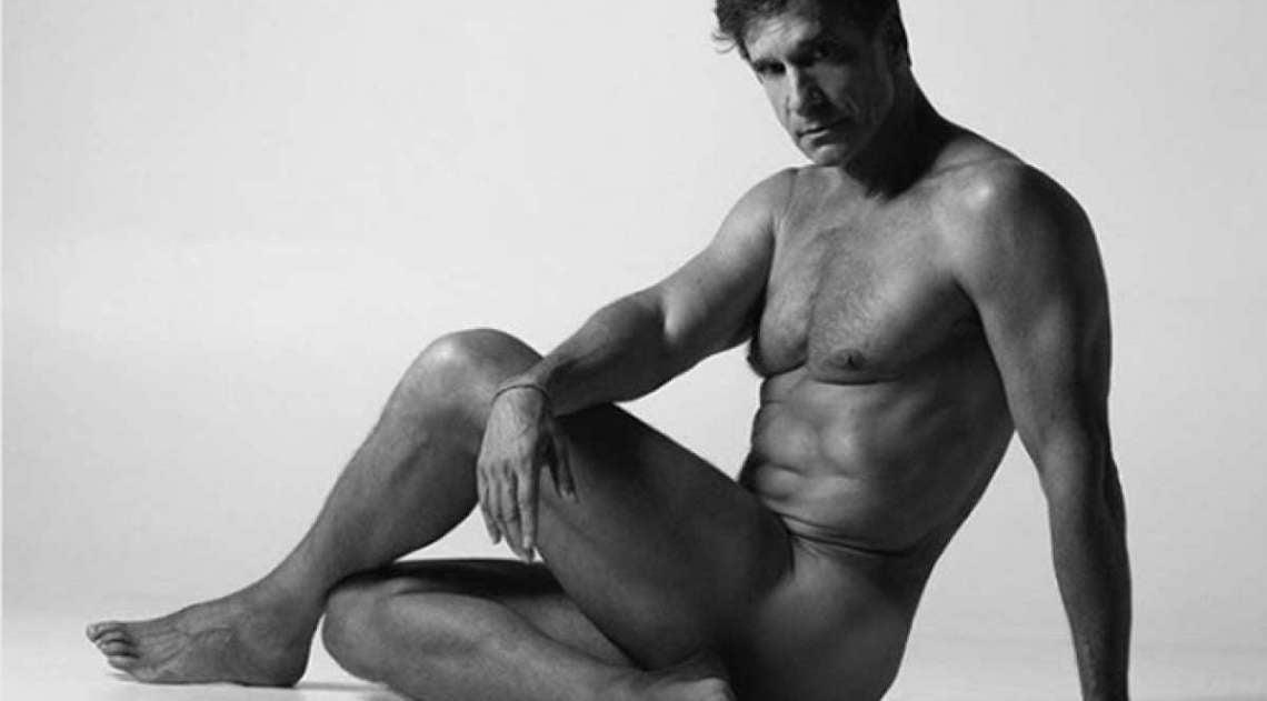 Aos 60 anos, Victor Fasano posa nu