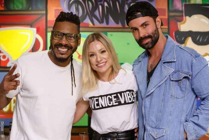 Daddy Kall, Giselle Prattes e o ator e produtor de festas, Guilherme Acrízio