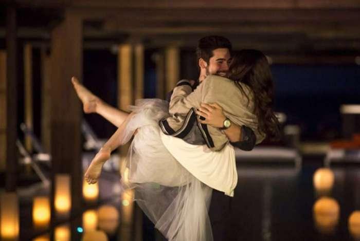 Marocas e Samuca têm primeira noite de amor
