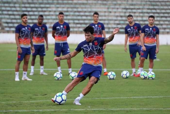 Recuperado de uma lesão no tornozelo esquerdo, Giovanni Augusto pode ser uma das novidades contra o Flamengo