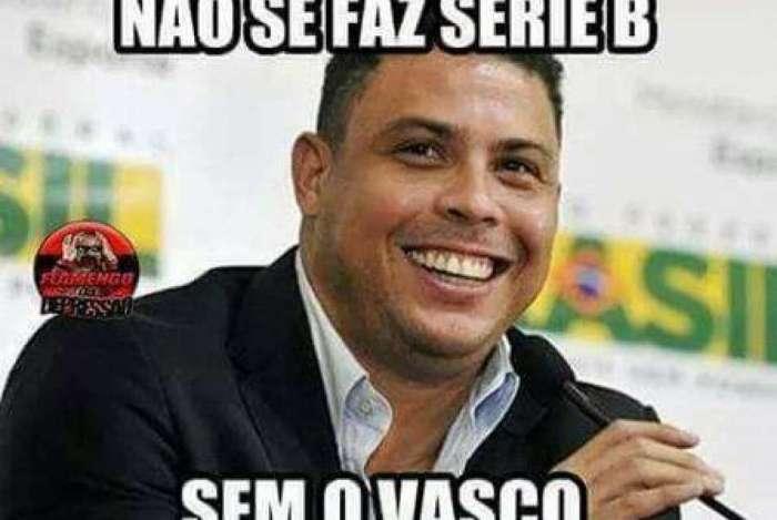 Rivais fazem memes do Vasco