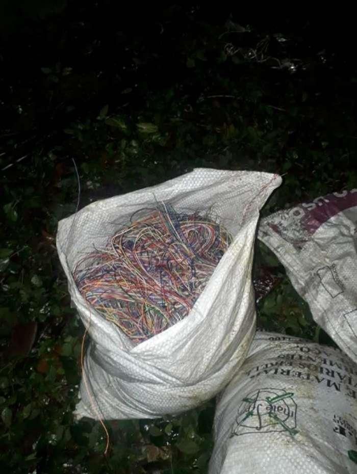Homem é preso com mais de 200 quilos de fio de cobre em São Conrado