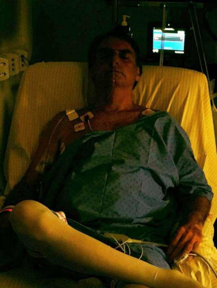 Jair Bolsonaro posta primeira foto após a segunda cirurgia a que foi submetido
