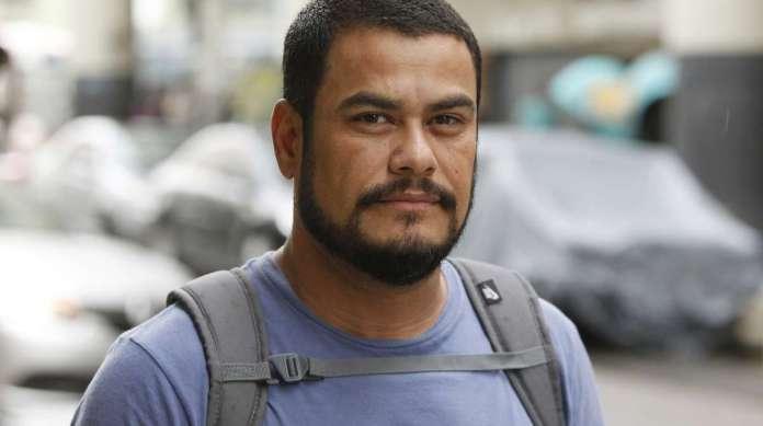 JOSUÉ DE LIMA, 41 anos, técnico de ar-condicionado, mora na Taquara