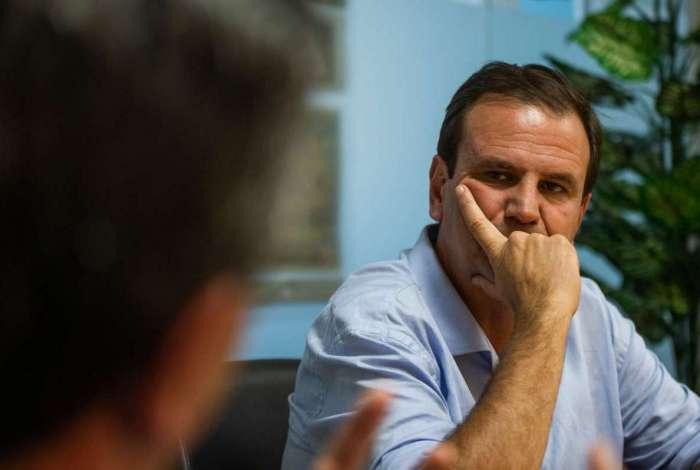 Eduardo Paes não anunciou pré-candidatura, mas já age no bastidor